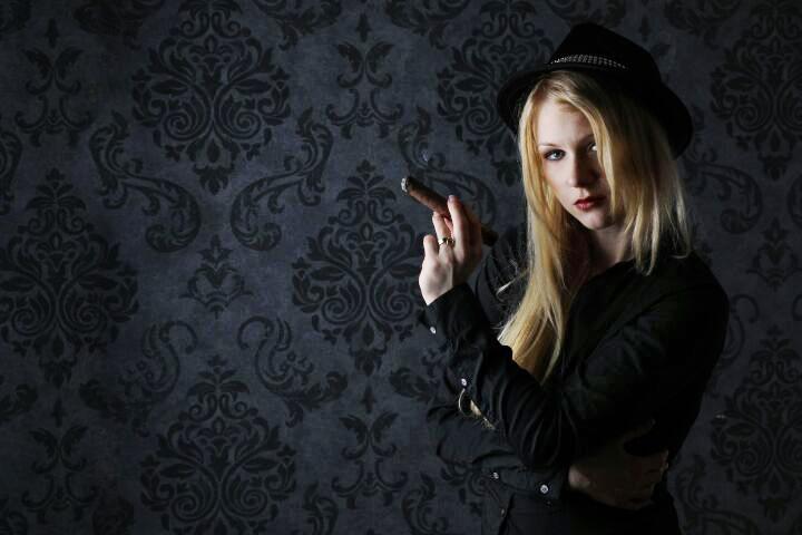 Lady Konstance   Domina Wien   FetishPoint Magazine