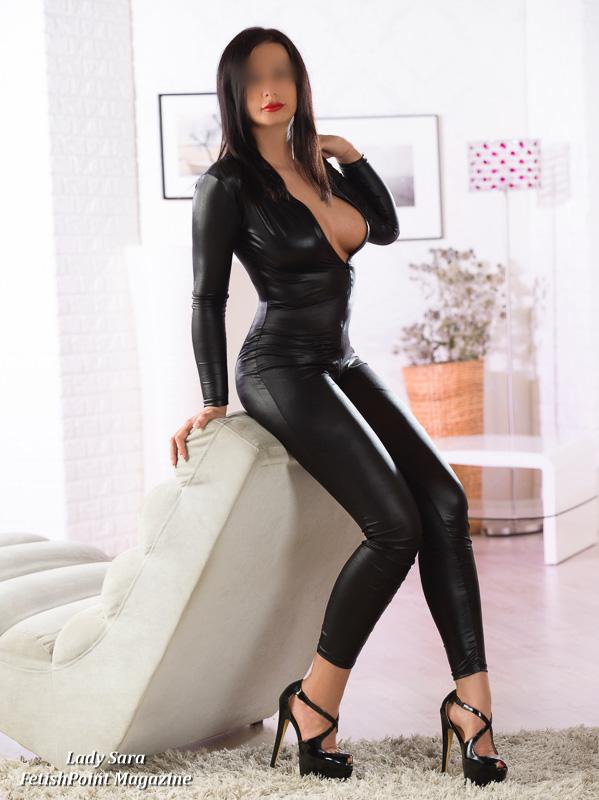 Lady Sara | Domina Wien | FetishPoint Magazine