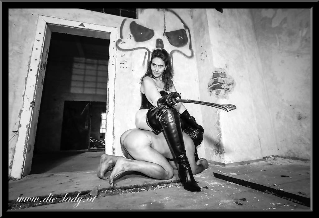 dieLady | Photoausstellung | FetishPoint Magazine