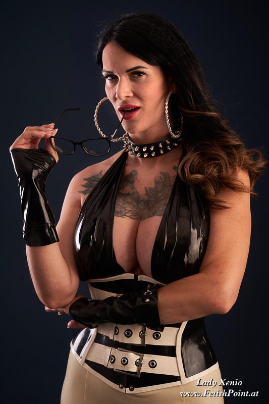 Lady Xenia   Domina Wien   210824-0016