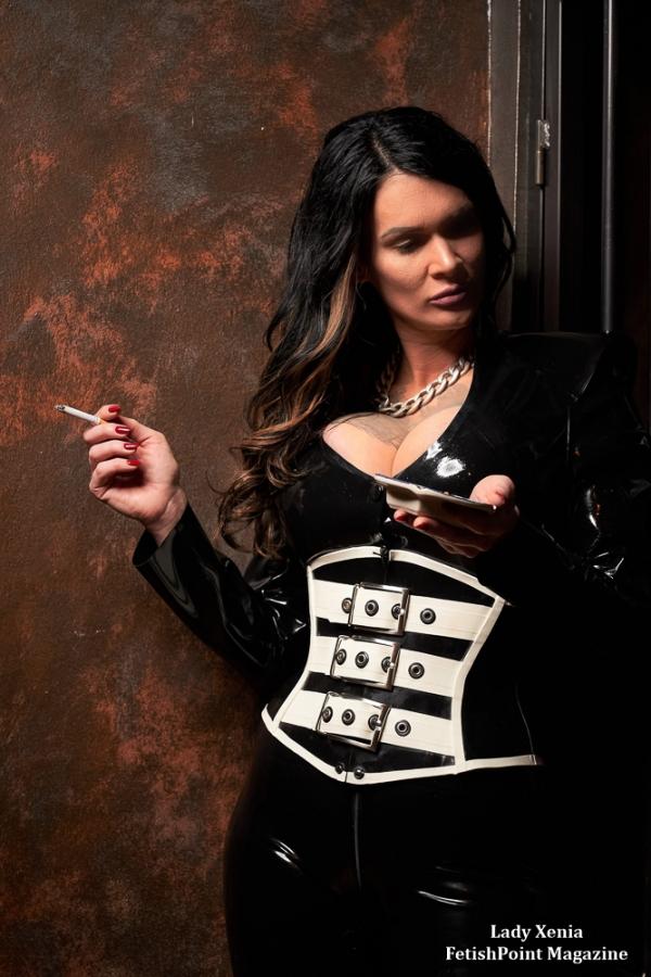 Lady Xenia   Domina Wien   FetishPoint Magazine
