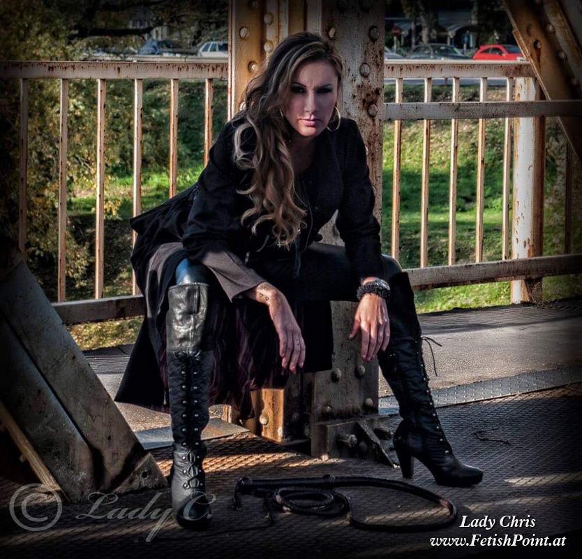 Lady Chris   Domina Wien   FetishPoint Magazine