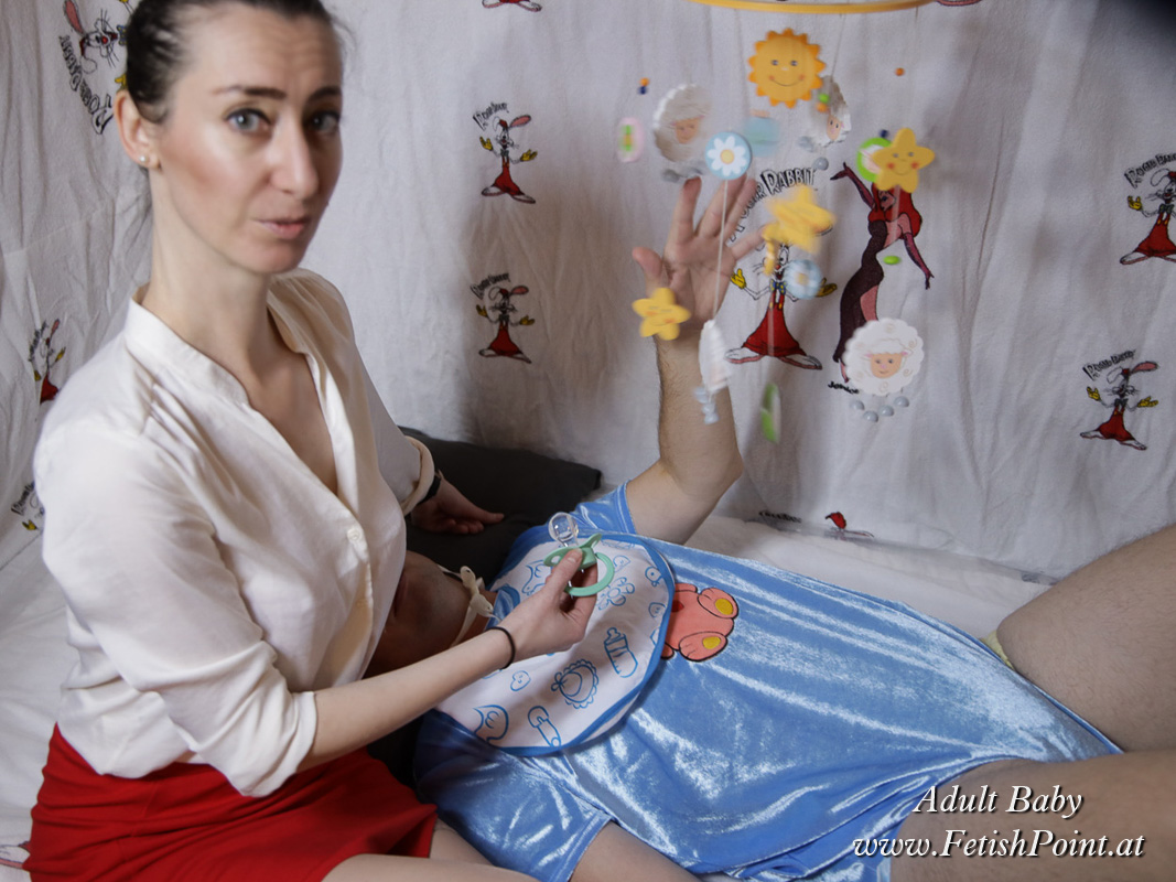 Adult Baby   Domina Wien   Fetishpoint Magazine   211004-08